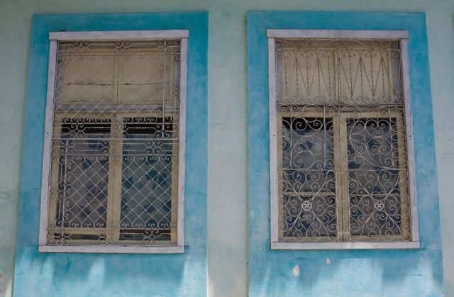 Blue Windows, Havana